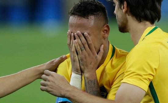 Neymar khóc như mưa trong ngày Brazil giành HCV Olympic bóng đá đầu tiên