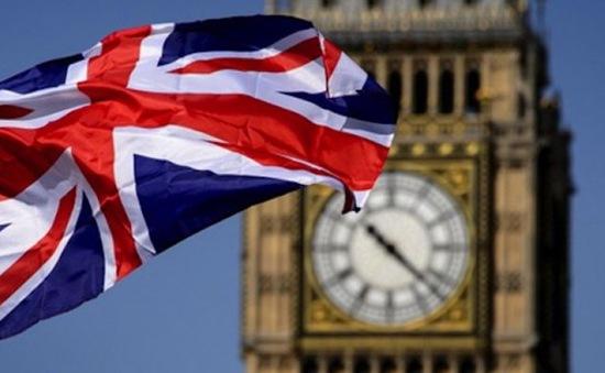 Nợ công của Anh trong 2 năm tới có thể vượt mục tiêu gần 65 tỷ Bảng