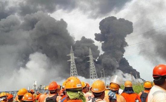 Nổ lớn tại nhà máy hóa dầu Mexico, hàng chục người thương vong