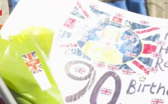 Người dân Anh mừng sinh nhật Nữ hoàng