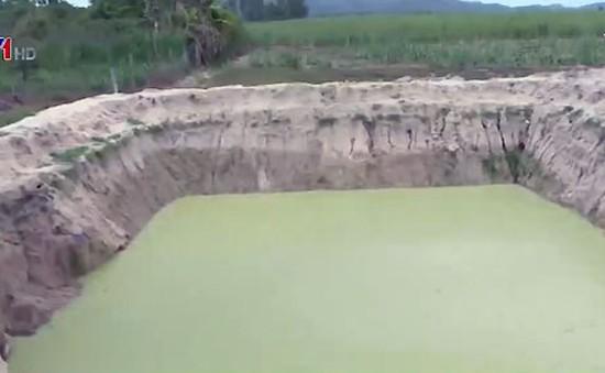 Cảnh báo đuối nước từ hồ, ao tự đào