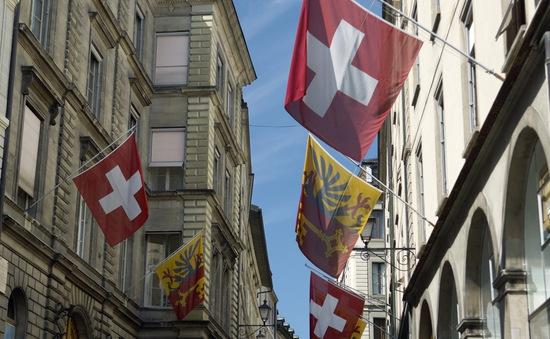 Đa số người Thụy Sĩ không mặn mà với trợ cấp toàn dân