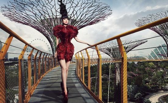 Choáng ngợp trước những show thời trang của Jessica Minh Anh