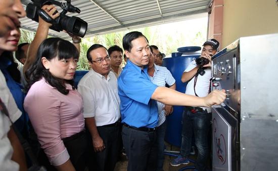 Hoàn thành 9 công trình máy lọc nước cho vùng hạn mặn