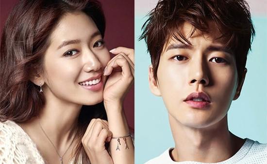 """Bị đồn yêu Park Shin Hye, mỹ nam """"Vì sao đưa anh đến"""" đâm đơn ra tòa"""