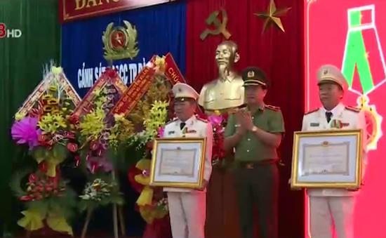 Cảnh sát Phòng cháy chữa cháy Đà Nẵng nhận Huân chương Bảo vệ Tổ quốc