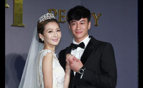 Sao Lương Sơn Bá - Chúc Anh Đài cưới vợ sau 9 năm hẹn hò
