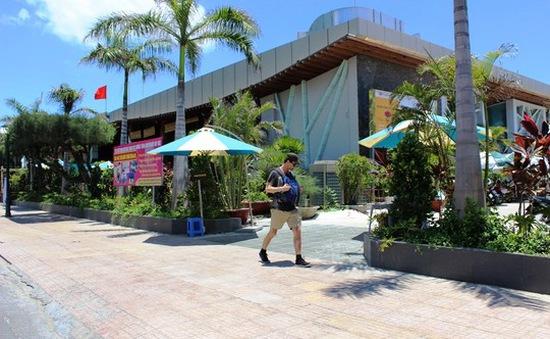 Khánh Hòa phá bỏ nhà hàng chắn tầm nhìn ra biển
