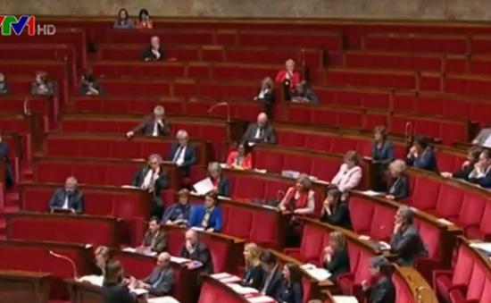 Pháp thông qua Bộ Luật chống mại dâm
