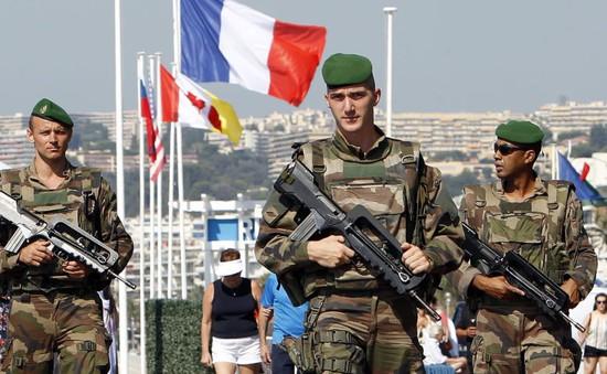 Thượng viện Pháp gia hạn tình trạng khẩn cấp