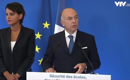 Pháp trục xuất 15 người nước ngoài có nguy cơ đe dọa an ninh quốc gia