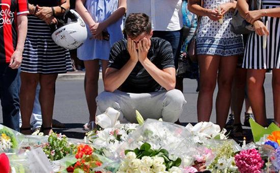5 nghi phạm liên quan đến vụ khủng bố Nice hầu tòa