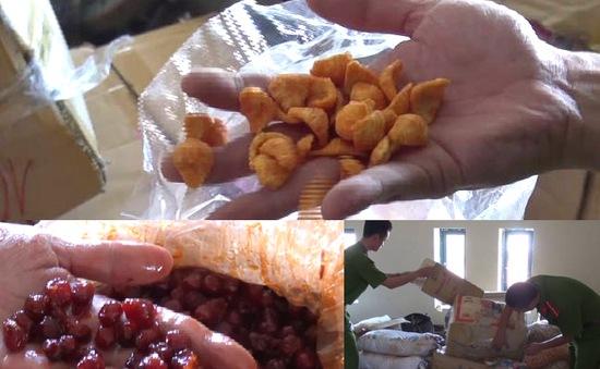 Nghệ An: Bắt giữ số lượng lớn nguyên liệu thức ăn trẻ em lậu từ Trung Quốc