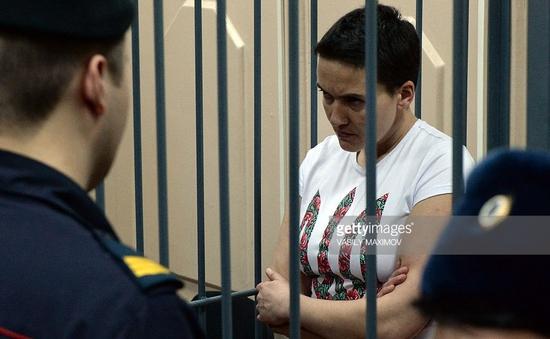 Tòa án Nga kết tội nữ phi công người Ukraine