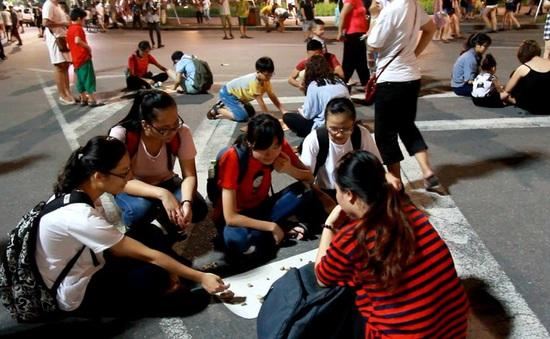 Phố đi bộ tại Hà Nội: Các điểm vui chơi giải trí còn hạn chế