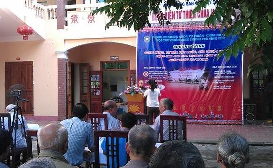 Ấm lòng với phòng khám đa khoa từ thiện chùa Hà Tiên