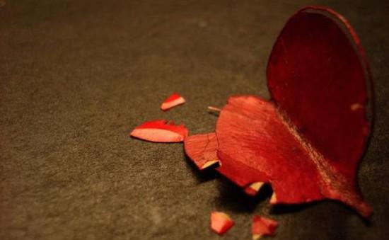 Đối mặt với tình yêu đổ vỡ