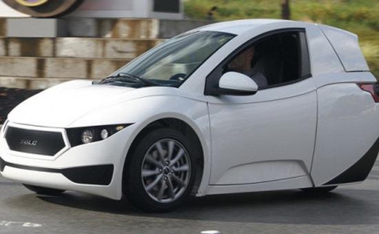 Chính thức ra mắt xe hơi ba bánh Electra Meccania Solo