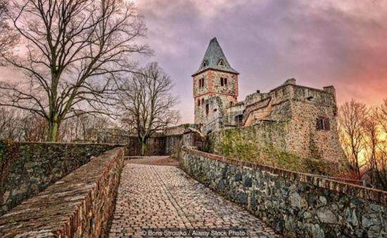 Frankenstein - Lâu đài ma quái nhất nước Đức
