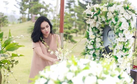 Thanh Lam ngậm ngùi hát bên mộ nhạc sĩ Thanh Tùng, Trần Lập