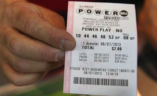 Người Mỹ đổ xô mua xổ số có giải thưởng 700 triệu USD