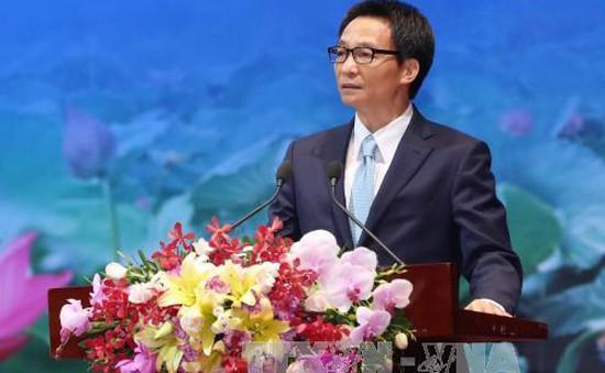 PTTg Vũ Đức Đam dự Hội chợ Trung Quốc - Nam Á và Hội chợ xuất nhập khẩu Côn Minh