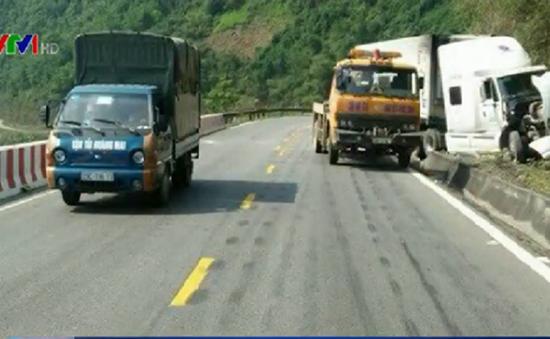 Cảnh báo mất an toàn giao thông trên đường đèo dốc QL6