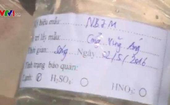 Hà Tĩnh quan trắc nước biển tại cảng Vũng Áng