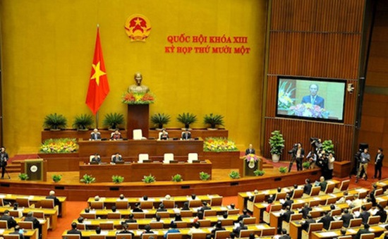 Quốc hội thảo luận về báo cáo kinh tế - xã hội