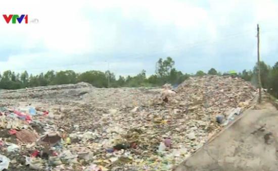 """Sở TNMT Đồng Tháp phản hồi về bãi rác gây nên """"mùa ruồi"""""""