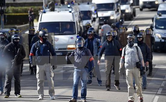 Tranh cãi về dự luật Lao động mới tại Pháp