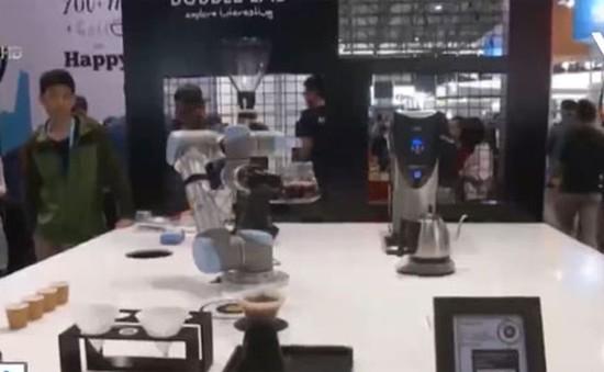 Hội chợ CES châu Á: Nhiều sản phẩm công nghệ ấn tượng