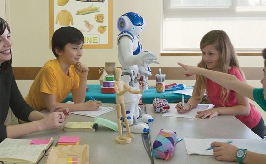 SoftBank Smart Robotics: Việt Nam đã sẵn sàng phát triển thị trường robot?
