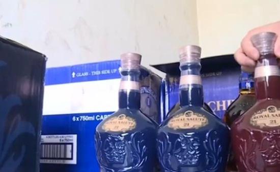 Bắt giữ hơn 500 chai rượu ngoại không rõ nguồn gốc