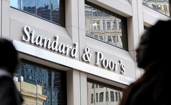 Standard & Poor's cảnh báo hạ bậc tín dụng của nhiều nước