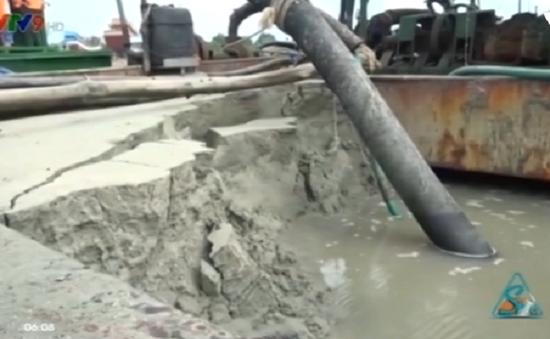 Bà Rịa - Vũng Tàu: Bắt 2 sà lan hút cát trái phép trên sông Cửa Lấp