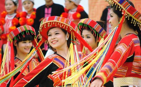 """Giữ gìn di sản văn hóa tại ngày hội """"Sắc xuân trên mọi miền Tổ quốc"""""""