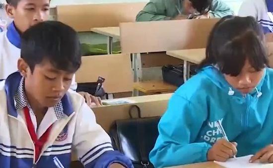 Đăk Lăk: Khắc phục tình trạng học sinh thiếu sách vở