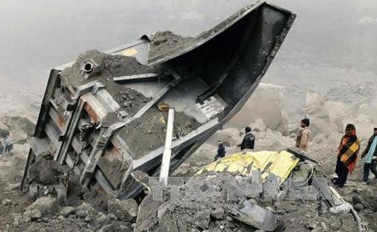 Sập mỏ than ở Ấn Độ, hàng chục người mắc kẹt