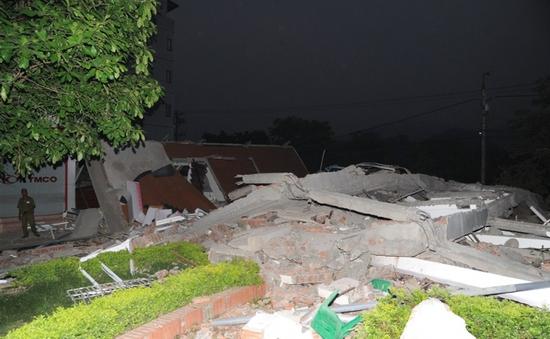 Cao Bằng: Sập nhà, vùi lấp 6 người