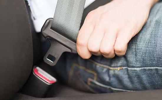 Thắt dây an toàn, hành khách sẽ giảm nguy cơ tử vong tới 75%