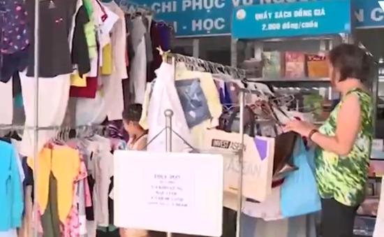 Ấm lòng siêu thị 2.000 đồng giúp người nghèo vơi bớt khó khăn