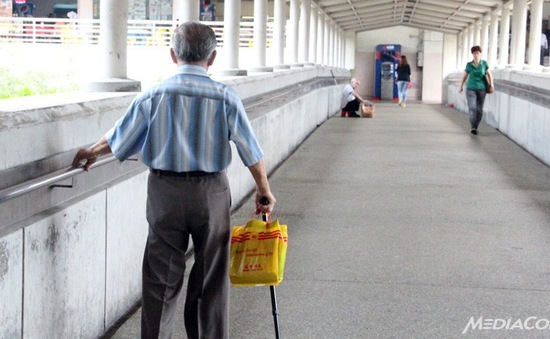 Singapore khuyến khích tuyển dụng lao động lớn tuổi