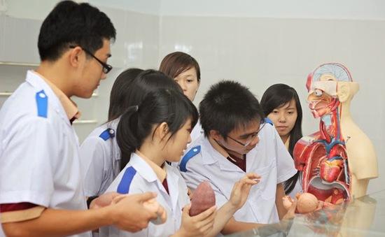 Sinh viên y khoa sau khi tốt nghiệp sẽ được vay vốn tín dụng