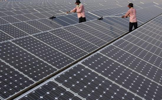 Ấn Độ tăng gấp đôi đầu tư cho năng lượng sạch