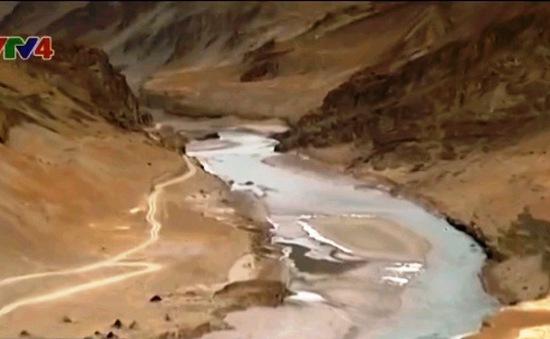 Thách thức phát triển thủy điện trên dòng chính sông Mekong