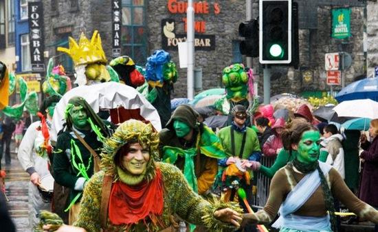 Lễ Thánh Patrick sôi động và ngập sắc xanh