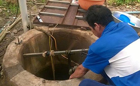 Bình Thuận: Sửa máy bơm dưới giếng, 2 người tử vong do ngạt khí