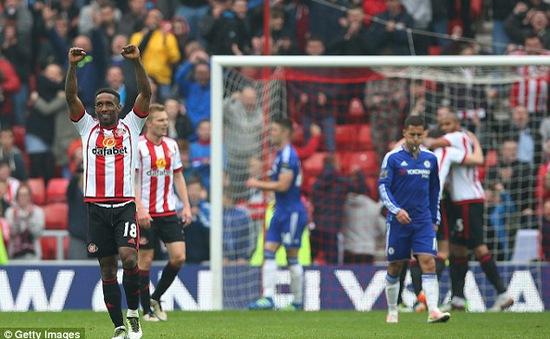 Sunderland nhiều cơ hội trụ hạng hơn Newcastle