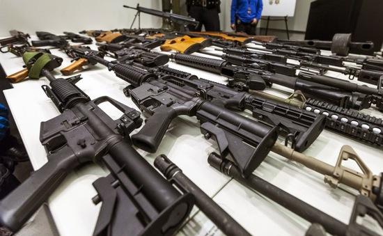 Mỹ: Bang California thông qua 6 đạo luật kiểm soát súng